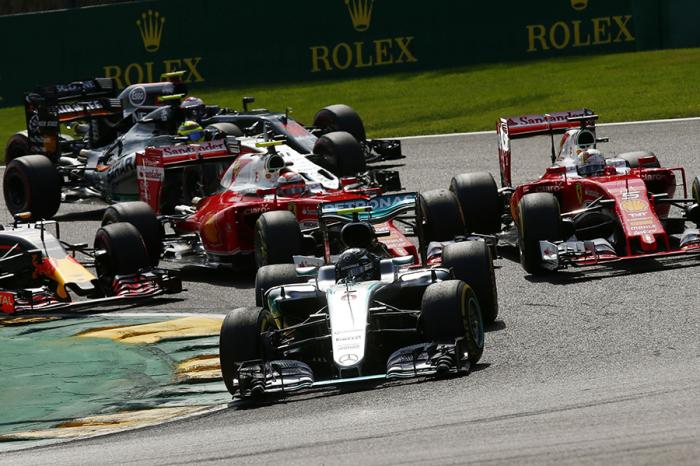 F1比利時站 賓士車隊驚奇演出