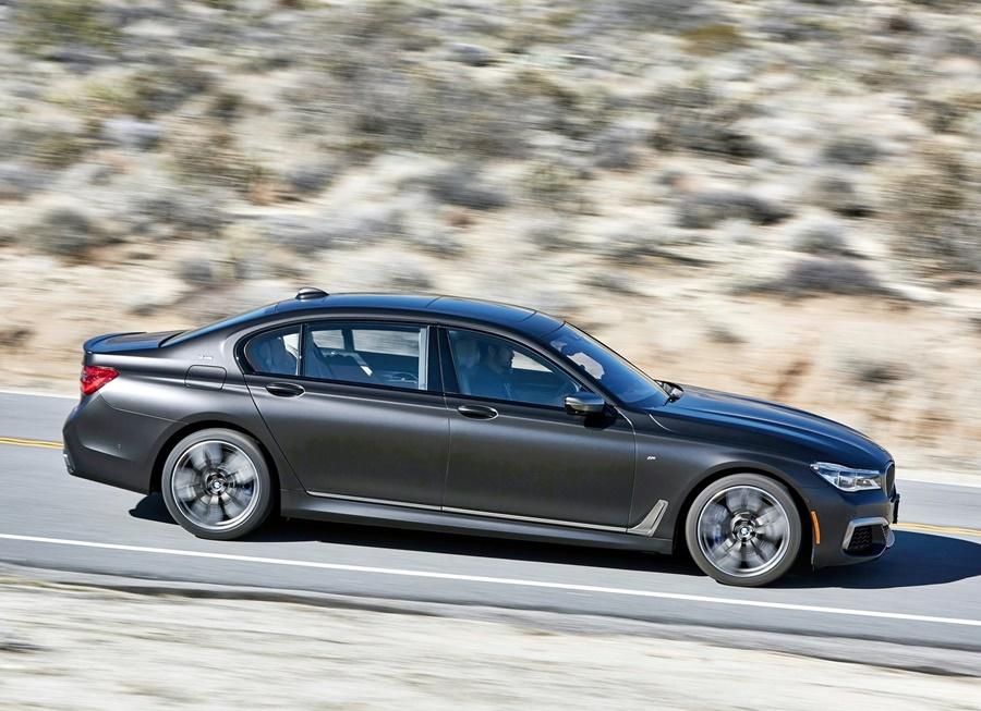 BMW-M760Li_xDrive-2017-1600-55