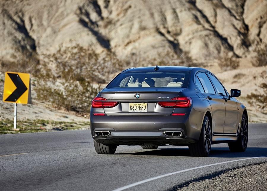BMW-M760Li_xDrive-2017-1600-62