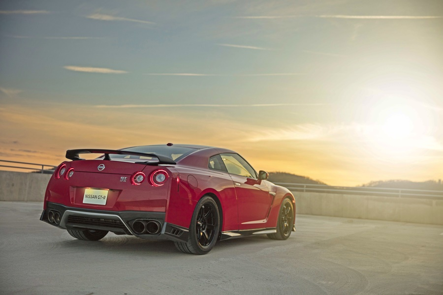 "The fresh look inside and out of 2017 GT-R Premium and GT-R NISMO models is present in the new GT-R Track Edition. Highlights include the redesigned hood and front bumper, Daytime Running Lights, and matte chrome finish ""V-motion"" grille, one of Nissan's prominent design signatures."