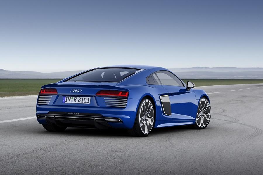 Audi BMW i8 rival -4