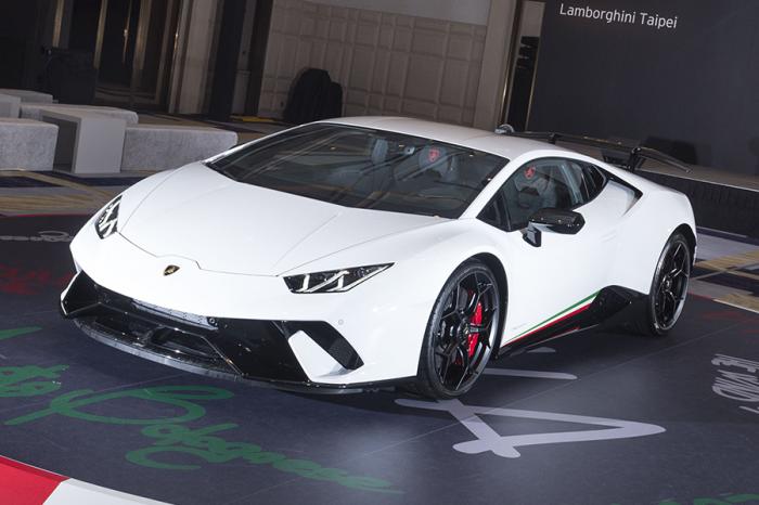Lamborghini Huracán Performante最狂小牛抵台