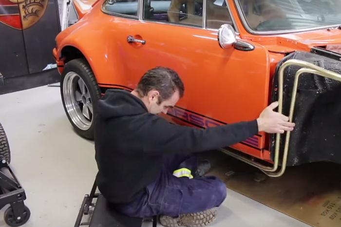《4分鐘看完》18個月Porsche 911徹底翻新工程