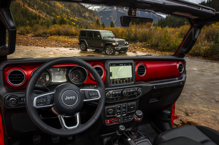 Jeep公布全新藍哥吉普車內裝照
