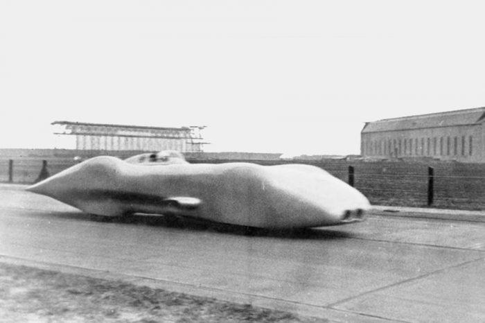歷史上的今天!Mercedes-Benz在80年前挑戰的極速紀錄……即以W125於公路上跑出432.7 km/h!