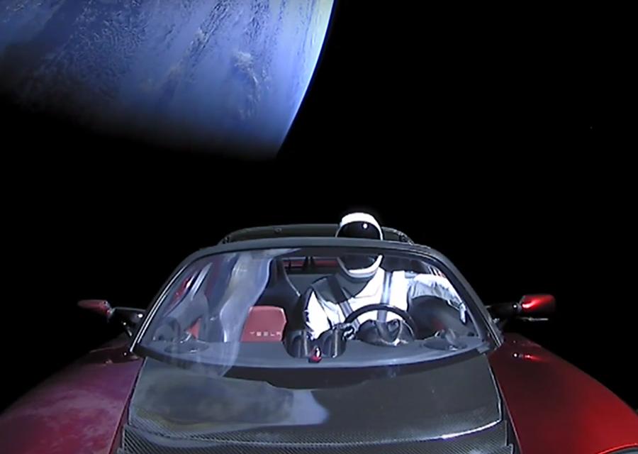 Tesla Roadster可能撞上地球 我們需要擔心嗎?