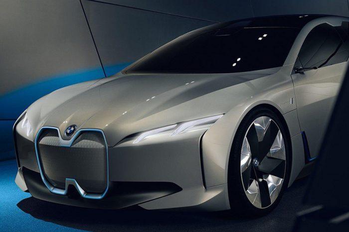 Tesla小心了!BMW正式宣布iVision Dynamics將以「i4」之名推出!