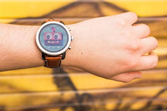 明年第一季登場!BMW將與Fossil推出聯名智慧手錶