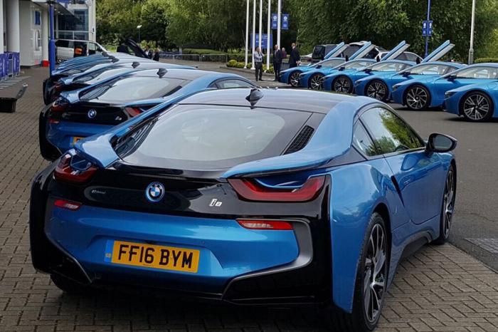 超霸氣頭家 買18輛BMW犒賞員工