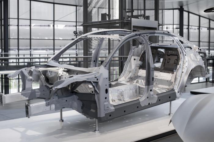 剝洋蔥! Audi揭露新一代A8車體輕量科技
