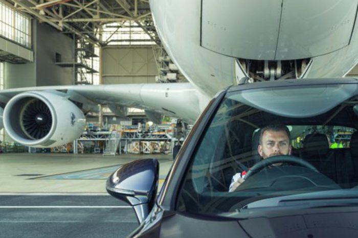 Porsche在台搞藍綠、在外拖飛機!Cayenne S Diesel打破世界紀錄!
