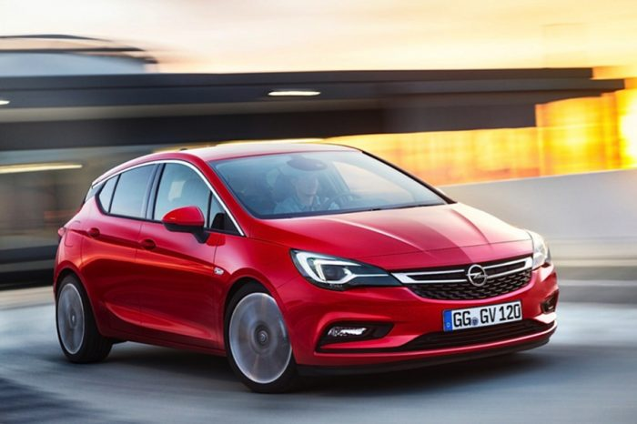 一名駕駛在比利時開著Opel Astra不小心超速,卻收到「696 km/h」的罰單…