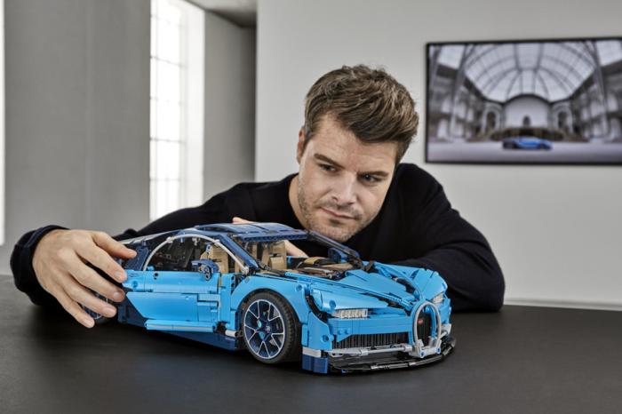 老爸的新玩具!樂高推出高精細度Bugatti Chiron模型!