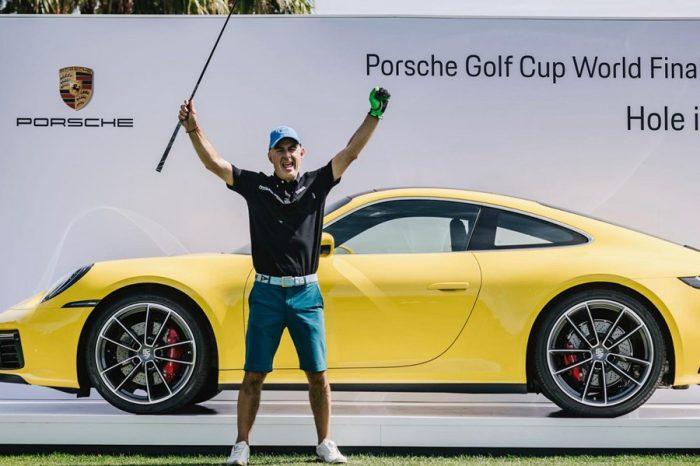 高爾夫球手的一桿進洞替他贏得了一輛全新的Porsche Carrera S