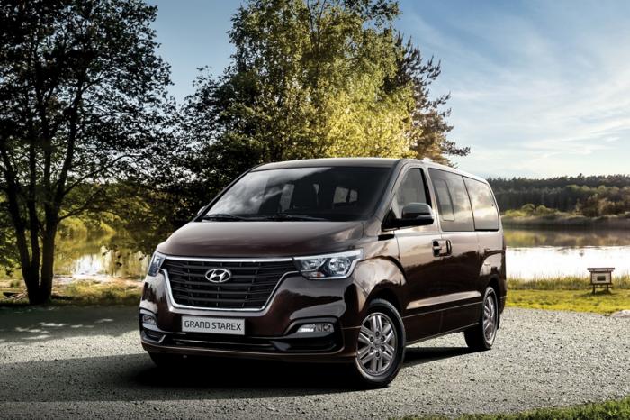 本月入主Hyundai Grand Starex享5萬公里免費定保