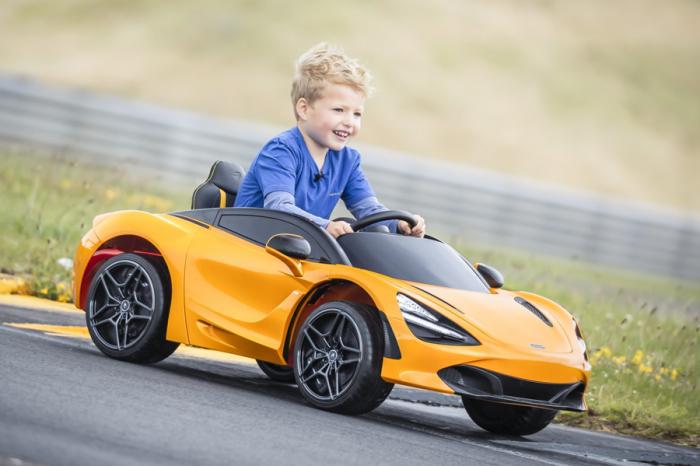 給孩子第一輛純電超跑! McLaren推出720S Ride-On