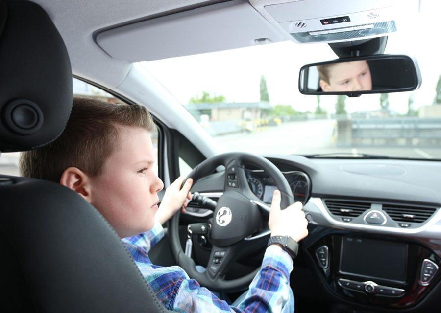 遇到新手駕駛 用路人多包涵!