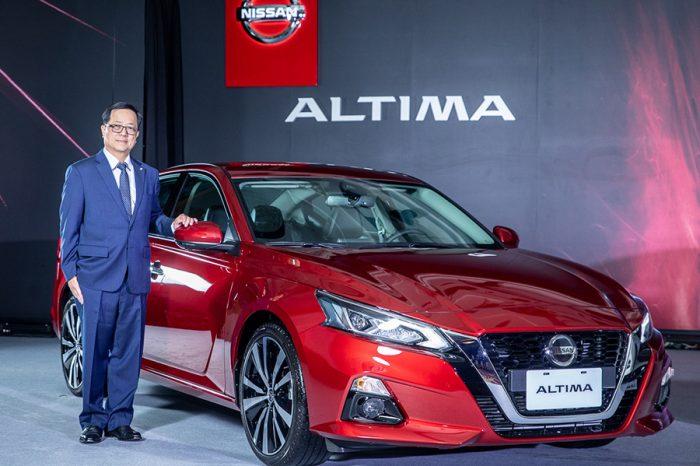 116.9萬元起!Nissan Altima跑房車正式發表 Leaf電動車同步登場