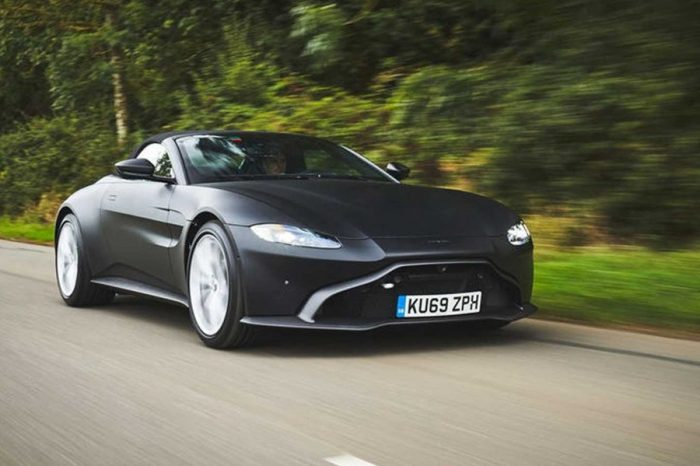Aston Martin釋出Vantage Roadster的官方預覽照