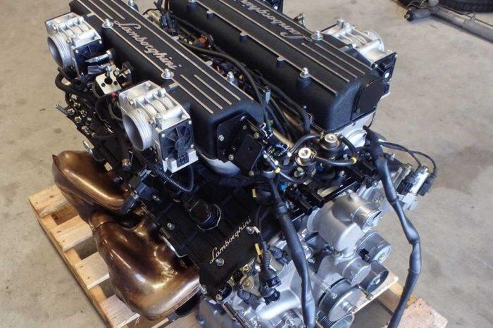 想要更大的動力?考慮看看eBay上這顆Lamborghini Murcielago的V12引擎吧