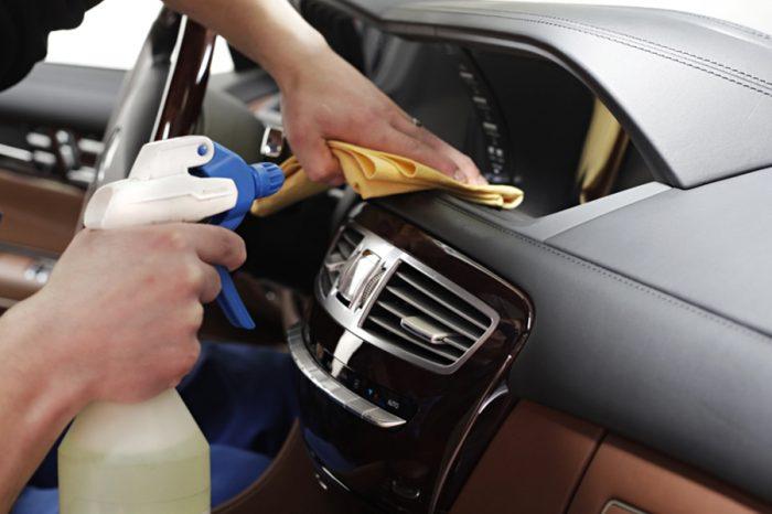別放壓縮氣體瓶罐在車內!以免引爆發生危險!