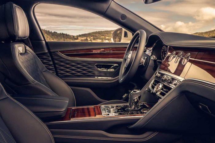 新款Bentley Flying Spur展現了華麗至極的旗艦內裝設計