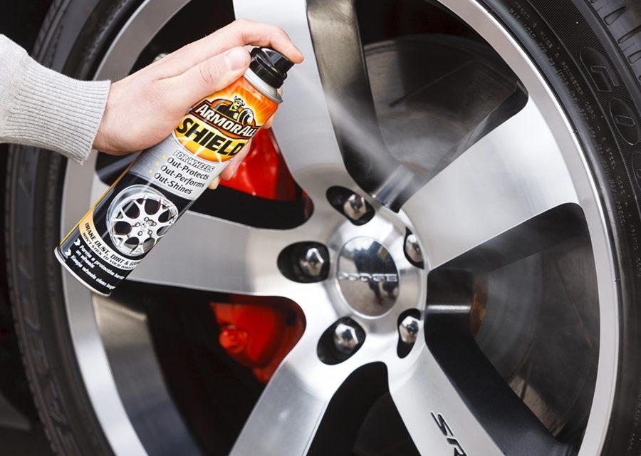 使用專屬清潔劑清潔鋁圈 更省荷包!