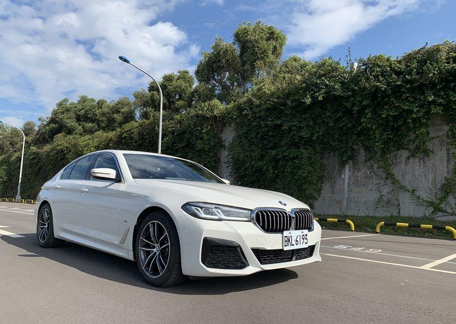 豪華入門級跑房車新標竿 BMW M520i試駕