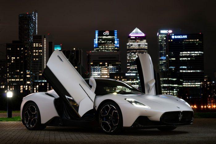 2021才1月! Maserati MC20 榮登全球汽車節年度最美超跑