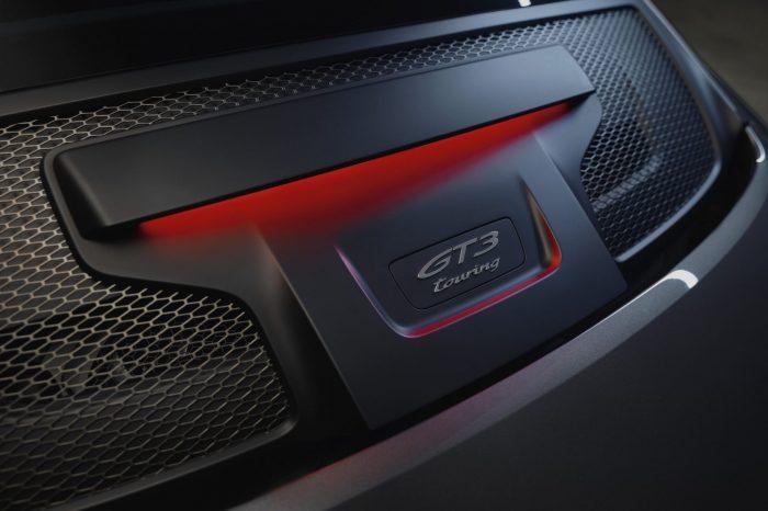 全新保時捷911 GT3with Touring Package