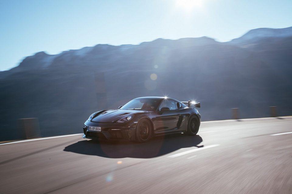 全新保時捷718 Cayman GT4 RS在最後測試階段締造亮眼成績